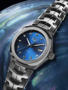 The elegant watches copy TAG Heuer Link WBC1318.BA0600 are designed for females.