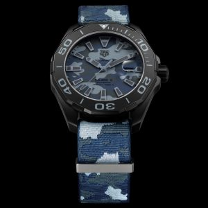 The special replica TAG Heuer Aquaracer WAY208D.FC8221 watches have blue Nylon straps.