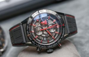 The black leather straps replica TAG Heuer Carrera Heuer 01 watches have black dials.
