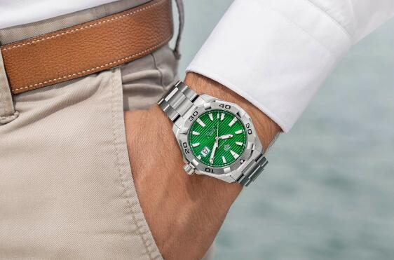The green dial of TAG Heuer looks more brilliant and eye-catching than others.