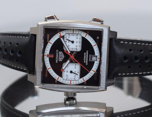 The TAG Heuer Monaco has been inspired by the original model during the period of 1990 to 2009.