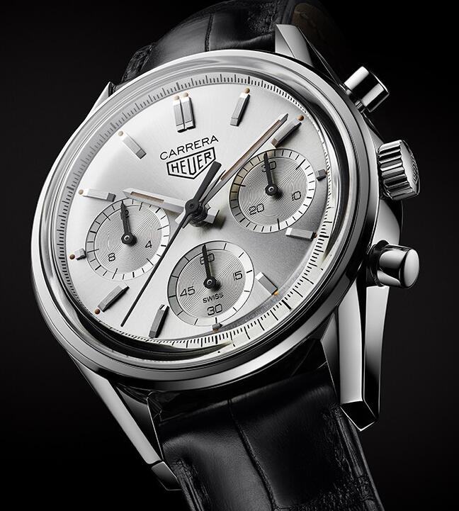 The new TAG Heuer Carrera has perfectly reproduced the appearance of the original old model.