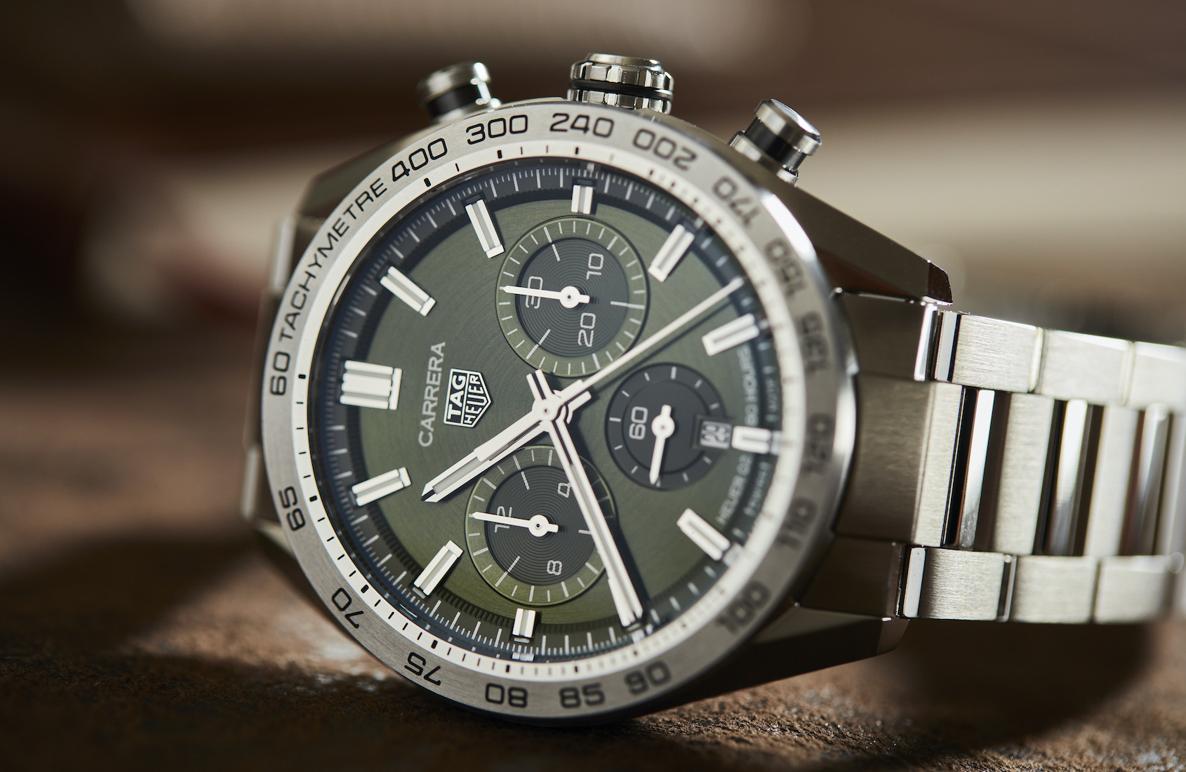 The Swiss copy TAG Heuer is best choice for men.